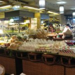 Great varieties of Thai food อาหารไทย at shopping complexes