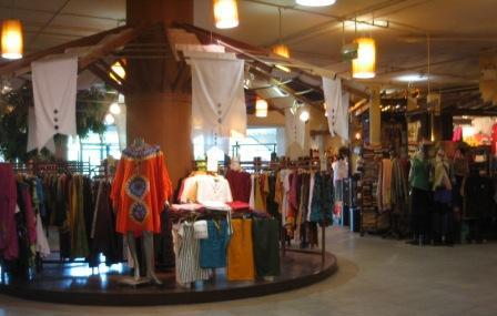 Central Airport Plaza in Chiang Mai เซ็นทรัลพลาซาเชียงใหม่ clothes