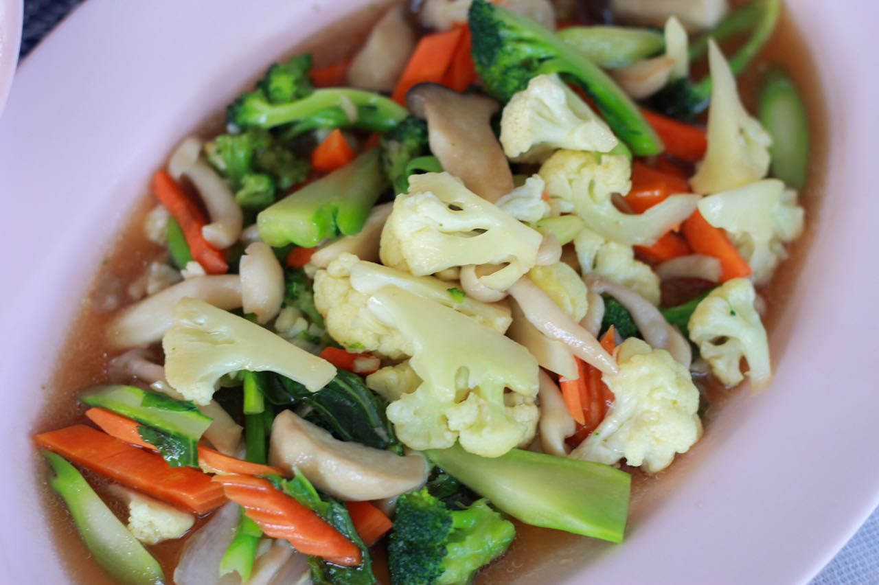 Is it easy for a vegetarian to find food in Thailand?